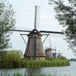windmills-2750720_640